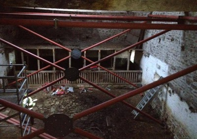 Temporary steel frame, Bolton Abbey